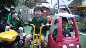 英語幼稚園から留学中の年長児